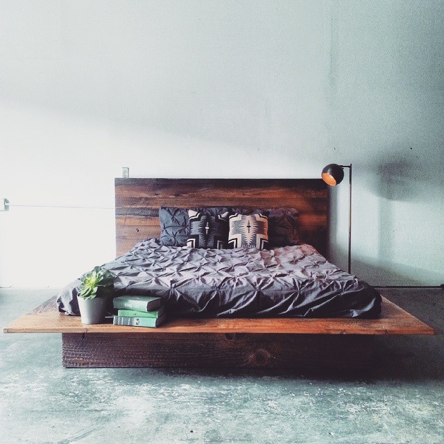 reclaimed wood platform bed mfeo